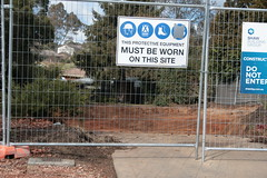 They just leave a hole in the ground (spelio) Tags: canberra act australia 2017 july house housing place homes architecture mrfluffy asbestos removal demolition clearing blocks