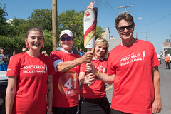 Tracie Leost handing off to Hubert Mesman, Jeff Hnatiuk, Mariette Mulaire (2017 Canada Games // Jeux du Canada 2017) Tags: keithlevitphotography canadasummergames jeffhnatiuk hubertmesman tor mariettemulaire tracieleost winnpegtorchrelay