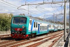 Bombarier 464.444 electric locomotive powering a Reggio Calabria to Napoli service at Scalea
