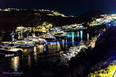 Petasos - Mykonos (Bouhsina Photography) Tags: petasos mykonos grece bouhsina bouhsinaphotography nuit lumière mer bateaux yachts egée canon 5diii sigma 35mm reflection nammos