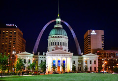 The Old Courthouse with Gateway Arch at Night - St Louis MO (mbell1975) Tags: stlouis missouri unitedstates us the old courthouse with gateway arch night st louis mo stl usa america evening lights tor portal nps court house justice building dome hyatt