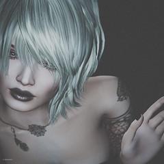 Ces mots qu'on dit avec les yeux (10 MIX) Tags: blonde lips main hand levre visage virtual secondlife avatar makeup tattoo