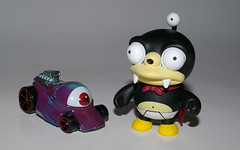 EVIL EYES (kingkong21) Tags: hotwheels evileye nibbler futurama