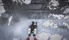 Puddle Mirror (CoolMcFlash) Tags: person man selfie silhouette water puddle reflection myrighthand flickrfriday mirror building shoes legs converse sneakers fujifilm street xt2 asphalt rain wet mann kontur wasser pfütze spiegelung geäude schuhe beine strase regen nas fotografie photography winken hand xf 1024mm f4 r ois