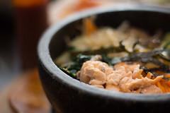 Bibimbap chaud au saumon (So Tysh) Tags: bibimbap manna korean coreen food salmon saumon restaurant culinaire fooporn