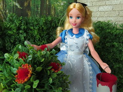 7. Painting Roses (Foxy Belle) Tags: doll disney alice wonderland diorama 1999 mattel outside scrapbook paper hedge queen maze paint roses red plants 1 16 playscale barbie