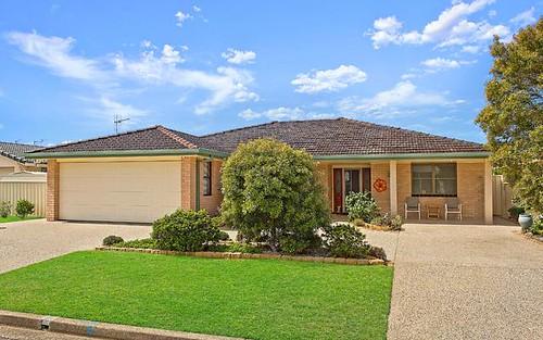 8 Hibbard Drive, Port Macquarie NSW