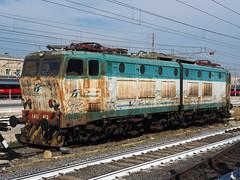 E655 453 (jvr440) Tags: trein train spoorwegen railways railroad trenitalia fs roma termini e655 e656 caimano