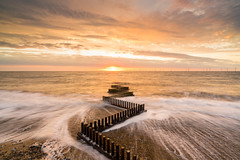 Renewal (Nick Seaman Photos) Tags: sony sonyemount sonya7r2 sonya7rii sonya7 a7rii a7r a7r2 alpha a7s a7ii a7sii eastanglia visiteastanglia greatbritain visitgreatbritain norfolk visitnorfolk caister caisteronsea cloud slouds cloudy sunrise sun dawn tide hightide beach beachy sand sandy shingle sunshine groynes groyne gravel zeiss leefilters leefilter polariser bigstopper littlestopper coast coastal coastalerosion grey orange rust metal pebble pebbles zigzag