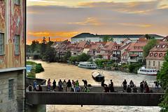 BAMBERG - Brückensicht (GerWi) Tags: rathaus brücke untere himmel sky dämmerung sonne sunset bamberg
