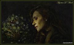 Donna con fiori - Luglio-2017 (agostinodascoli) Tags: art digitalart colore texture fiori photoshop photopainting donna agostinodascoli nikonclubit