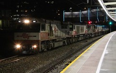 1PM9 Adelaide Showgrounds 25/07/2017 (Dom Quartuccio) Tags: 1pm9 sct sbr sct011 csr006 sct013 csr008 1201 1202 gensets train trains rail railways railroad intermodal transport transfer travel sa south australia night