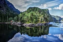 Heaven exist... (Angelo Petrozza) Tags: fiordo norvegia norvay heaven roedne fjiord cruise reflection riflesso sky hdr angelopetrozza pentaxk70 norvayinanutshell