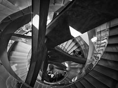 FUNDACION TELEFONICA MADRID2 (Pedro Angel Ruiz) Tags: escaleras peldaños estructuras stairs escalones formas singulares escalinatas steps spiral espirales form structures fundacion telefonica madrid fundaciontelefonica