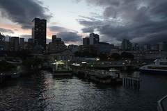 _DSC1275 (Digna Imagem) Tags: cidade prédios céu fimdetarde baíadaguanabara mangaratiba niterói riodejaneiro transporteaquaviário barcas praçavx estação