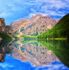 Dolomiti (Gio_guarda_le_stelle_see_you_in_september) Tags: dolomiti dolomites dolomiten lake blue reflection clouds sky mountainscape landscape italy woods lago riflesso montagna mountain atmosphere quiet braies bosco water italia nuvole quiete atmosfera canon eos 1635 2470