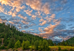 Sunset Skies (Philip Kuntz) Tags: sunset sundown autumn dusk evening clouds forests lolopass lochsariver idaho