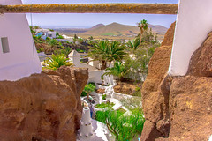 Working Gets In The Way Of Living (StevePilbrow) Tags: lag omar lanzarote canary islands spain atlantic ocean sharif house home palm trees green unique wonderful rock white mountains volcano nikon d7200 nikkor 18105mm april 2017