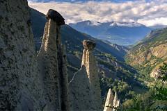 Vue des pyramides (Christophe Lüthi) Tags: view pyramide natural vallée nature switzerland tourist euseigne valais suisse montagne naturel hdr panorama pyramid dixence vue mountain