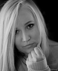 Studio Shooting (oleschmidtfotografie) Tags: photo portrait portraiture closeup lifestyle looking black girl beautiful model background camera face faces white women foreground