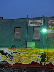 Austin - Michelangelo Hint (Drriss & Marrionn) Tags: austin austintx texas usa outdoor travel streetviews street streetscene streetlife urbanjungle citytrip eastsixthibizdistrict building buildings city vivid sky nightsky nightshot evening mural streetart