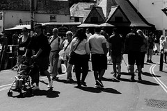 Just strolling (Geordie_Snapper) Tags: canon5d3 canon70200mmf4islusm canon2470mm cornwall june padstow summer