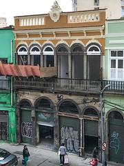 Renovating Gambôa 2 (Brian John Godfrey) Tags: rio riodejaneiro brazil brasil streetphotography walkingtour architecture landscapes cityscapes