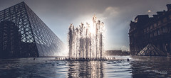 In Paris - Water curtain (François Escriva) Tags: paris france sunset colors courtyard pyramid louvre blue sky clouds light sun jet curtain water reflections museum