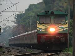 Trivandrum Rajdhani Express (mohammedali47) Tags: trivandrumrajdhaniexpress thiruvanathapuram indianrailways kerala trains railfanning locomotive wdp3arajdhani toaster lhb headlights