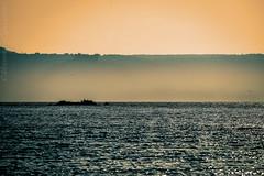 Orizzonti.....medioevali... (ghostm68) Tags: sunset tramonti castello castle lake lago italy