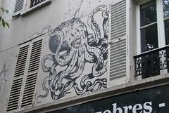 Kraken (emilyD98) Tags: street art insolite rue mur wall urban exploration paris animal mollusque pieuvre dessin graffiti kraken octopus graff tag city ville