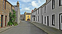 the quiet of the street (johnny_9956) Tags: scotland orkney street road buildings outdoor outside houses path pavement sidewalk