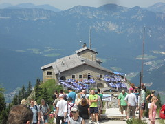 DSCN4851 (usapride) Tags: kehlsteinhaus austria österreich berchtesgaden berchtesgadenaustria berchtesgadenösterreich eaglesnest nazi adolfhitler hitler