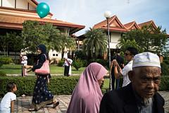 * (Sakulchai Sikitikul) Tags: street snap streetphotography summicron songkhla sony graduate thailand 35mm muslim islamic leica a7s