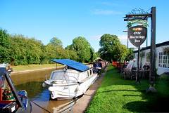 TRADITIONAL CANALSIDE PUB (tommypatto : ~ IMAGINE.) Tags: canals narrowboats inlandwaterways cheshire