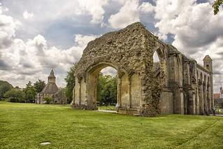 Glastonbury: sulle tracce di re Artù …(2)