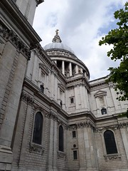 Looking up at St Paul's Cathedral (wanderingtheearth) Tags: london ludgate church cathedral architecture outdoors churchyard garden stpaulscathedral hiking citylife urban