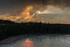 The sun behind the clouds (IñigoMerino) Tags: jasper alberta canadá ca pentax hd da 15mm f4