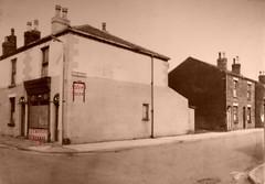 1960c Walkden: Harriet Street/Alfred Street (Landstrider1691) Tags: walkden worsley harrietstreet alfredstreet terracedhouses shop cornershop 1960c