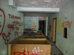 E-M1MarkII-13. Juli 2017-15-01-08 (spline_splinson) Tags: consonno graffiti graffitiart graffity italien italy lostplace losttown ruin ruinen ruins lombardia it
