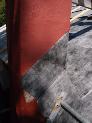 The tricky bit around the chimney (Day 16) (keibr) Tags: nearblip blipfoto keibr redhouseroof chimney underlay redhouseroof16 day16
