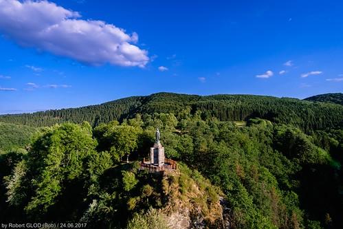 Château d'Esch-sur-Sûre - La statue de Marie