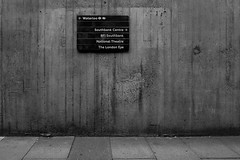 8737 (Panda1339) Tags: 28mm leicaq waterloo monochrome ldn streetphotography summiluxq london blackandwhite uk architecture sign concrete