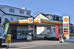 Shell, Dunoon Argyle & Bute. (EYBusman) Tags: shell petrol gas gasoline filling service station garage seafront dunoon argyle bute pace spar subway eybusman scotland