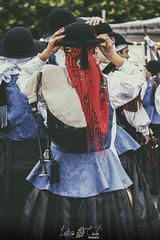 Momentos folkloricos III (Leticia Cabo) Tags: gaita gallega galician piper celtic celta celtigos ortigueira festival party banda band folclore tradicional musica music