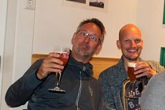 Some colleagues can't wait (Davydutchy) Tags: texel oudeschild eiland island insel île noordholland nederland netherlands niederlande paysbas texelse brouwerij brewery brauerei pivovar bier beer bière pivo cerveza beoir пиво biero bir øl μπύρα sör بيرة בִּירָה hans teunis collegas colleagues kollegen june 2017