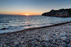 Peaceful sunset (Frédéric Pactat) Tags: nikon d750 afs ed fx d 750 20 mm f 18 f18 nikkor 20mm f18g summer été landscape bretagne bzh breizh plage de galets pebble beach sunset coucher soleil sea seaside