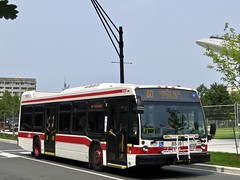 Toronto Transit Commission 8569 (YT | transport photography) Tags: ttc toronto transit commission nova bus lfs