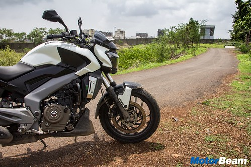 Bajaj-Dominar-400-Long-Term-10