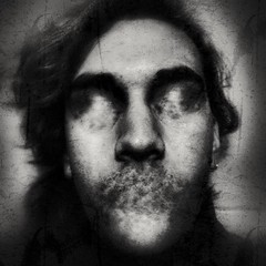 Face  #face #bw #monochrome #light #shadow #creep #creepy #censure #selfie (mateorodriguez6) Tags: creepy selfie light face monochrome censure shadow creep bw